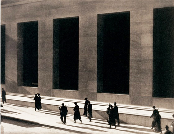 Photogramme de Manhatta, de Paul Strand et Charles Sheeler, 1921 (10 minutes)